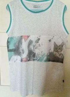 Kup mój przedmiot na #vintedpl http://www.vinted.pl/damska-odziez/koszulki-na-ramiaczkach-koszulki-bez-rekawow/16099555-koszulka-na-grubych-ramiaczkach-house