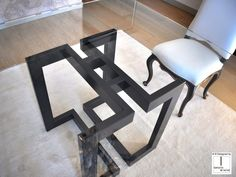 Square glass and iron dining table SENDAI Square Dining Tables, Dinning Table, Resin Table, Glass Table, Wood Furniture, Modern Furniture, Tea Table Design, Modern Table, Decoration