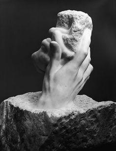 """The Hand of God - Rodin : """"Je n'ai fait que de retirer la pierre qu'il y avait en trop"""""""