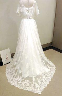 いつもアンテリーベのブログをご覧頂き、誠にありがとうございます。 今回は江坂店より、新作ウェディングドレスをご…