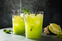 Try Mocktail mule by FOOBY now. Or discover other delicious recipes from our category Aperitif fingerfood. Smothie, Slice Of Lime, Cucumber Juice, Mint Candy, Ginger Beer, Food Trends, Lactose Free, Non Alcoholic, Refreshing Drinks