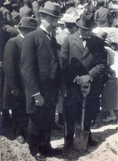 Mr. Churchill planting a tree on the University site [29/3/1921]