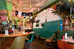 (Not exactly glamping, but cool) The Trailer Park Lounge 271 W St New York, NY Old Campers, Vintage Campers Trailers, Camper Trailers, Happy Campers, Trailer Park Lounge, Vintage Rv, Glamping, Mid-century Modern, Places