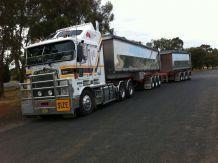 Hewes Oversize Transport & Schwertransport Australien Bulk Haulage B Doppelkipper