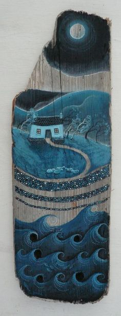 Painted on driftwood by Valerie Leblond Painted Driftwood, Driftwood Art, Driftwood Seahorse, Painted Wood, Driftwood Projects, Beach Crafts, Beach Art, Pebble Art, Creative Inspiration
