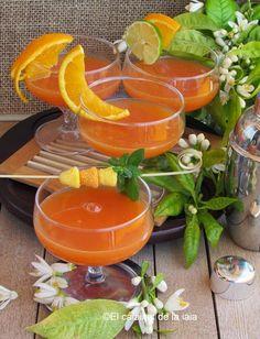 Como hacer auténtica Agua de Valencia paso a paso – El Calaixet de la Iaia Cocktails, Drinks, Bartender, Punch Bowls, Allrecipes, Cantaloupe, Tapas, Catering, Smoothies
