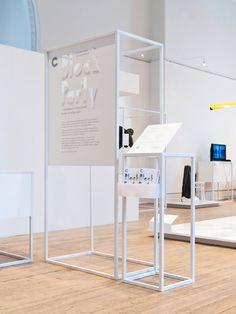 Block Party — Oscar & Ewan #grafica #design #espositore #mostra #esposizione