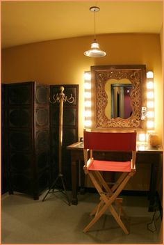 Photography Studio Dressing Room. Small boudior dressing room