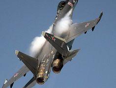 """Су-35С обошел """"поверхностные"""" бредни хваленого """"Сайлент Игл"""""""
