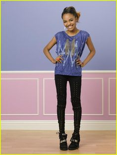 Love this look! It's a bit more rough that what China would normally where. Tv Show Outfits, Hot Outfits, Young Fashion, Tween Fashion, Disney Channel, China Mclain, China Anne Mcclain Instagram, Pretty Black Girls, Actresses