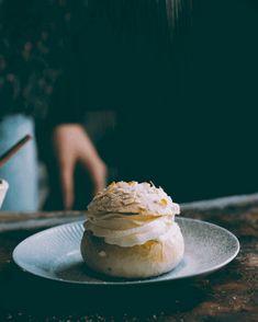 PARAS PULLATAIKINA & TÄYDELLINEN LASKIAISPULLA – Liemessä Something Sweet, Food Inspiration, Nutella, Bakery, Ice Cream, Sweets, Desserts, Recipes, Finnish Cuisine