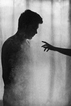 Read 17 from the story Mejores imágenes para tus Portadas by snuggle_hugz (Snuggle_hugz) with 773 reads. Jolie Photo, Dark Art, White Photography, Character Inspiration, In This Moment, Black And White, Black Pic, Artwork, Pictures
