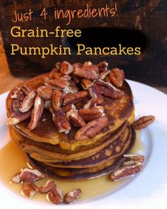 Grain-free Pumpkin Pancakes (Just 4 inexpensive ingredients!)
