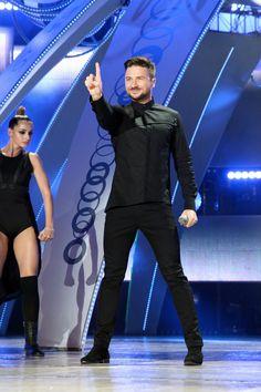 Sergey Lazarev Sergey Lazarev, Good Music, Singer, Mens Fashion, Celebrities, Iphone, Creative, Moda Masculina, Man Fashion
