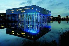 De Haas, Micha: Aluminium Center pictures on theredlist.com