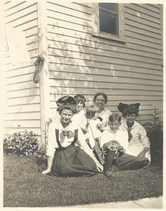 "Vintage Snapshot ""Laughing Madwoman"" Victorian Family Portrait Pretty Girls Big Hair Bows Clothesline Laundry Found Vernacular Snapshot"