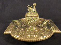 TIFFANY INKWELL, EARLY VICTORIAN DECORATIVE POLISHED BRONZE INKWELL