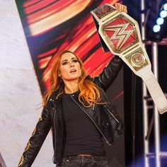 The must-see images of Monday Night Raw, March photos Becky Wwe, Rebecca Quin, Raw Women's Champion, Becky Lynch, Female Wrestlers, Wwe Photos, Professional Wrestling, The Man, Amazing Women