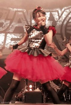 ax-metal wing — BABYMETAL LIVE IN LONDON (The Forum 2014) Iine....