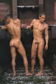 Adults only, just a collection of what I see and like. Themes include water (liquid, solid, or vapor. Hombres Gay Sexy, Sexy Gay Men, Men Vs Women, Barefoot Men, Raining Men, Male Beauty, Hottest Models, Male Body, Body Works