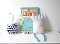 Handmade cute king pillow, perfect for nursery or kids room. Handgemacht by stillesbunt