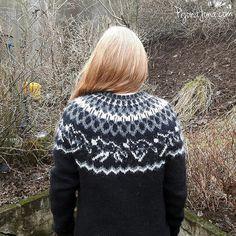 Ravelry: Wolf pack beanie pattern by Sandra Jäger