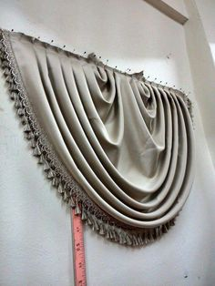 This Pin was discovered by Ð¡ÑÐ Swag Curtains, Curtains And Draperies, Home Curtains, Kitchen Curtains, Window Curtains, Valances, Valance Patterns, Curtain Trim, Rideaux Design