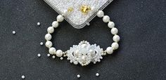 How to Make a Handmade White Pearl Bead Bracelet with Bead Flower Decorated