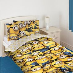 a0ba022fc5 Amazon.com: Despicable Me 2 'Minions' Reversible Single Duvet Cover Panel  With Pillowcase: Home & Kitchen
