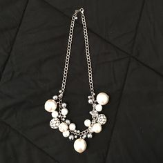 Pearl and rhinestone bubble necklace New Without tags. Never worn. Super cute and fashionable! Jewelry Necklaces