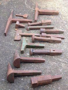 Forging Tools, Blacksmithing Knives, Forging Metal, Blacksmith Hammer, Blacksmith Shop, Blacksmith Projects, Metal Working Tools, Old Tools, Metal Fabrication Tools