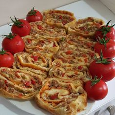 Bruschetta, Vegetable Pizza, Food And Drink, Vegetables, Ethnic Recipes, Karma, Vegetable Recipes, Veggies
