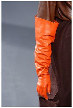 Rick Owens, Best Gloves, Long Gloves, Black Leather Gloves, Orange Leather, Runway Fashion, Fashion Show, Fall Fashion, Fashion Killa