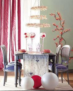 CHRISTMAS DECORATION IDEAS IMAGES | 25 Christmas Table Decorating Ideas | DigsDigs