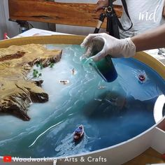 Mod Podge Crafts, Resin Crafts, Resin Art, Diy Crafts Hacks, Crafts To Do, Diy Projects, Making Resin Jewellery, Resin Jewelry, Ocean Video
