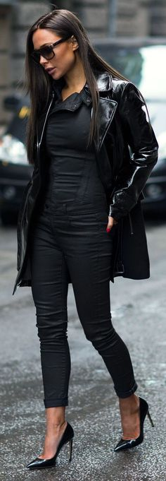 All In Black Chic Outfit