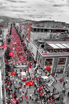 I wonder. a lot. Galaxy Wallpaper, Iphone Wallpaper, Turkey Country, Turkish People, Visit Turkey, Black Sea, Istanbul Turkey, World, Pictures