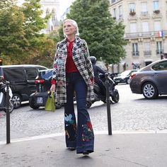 Maye Musk. Snapped on the streets of Paris. #lunch #fashion #streetstyle #parishfashionweek