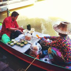 Floating Market Pattaya, Thailand