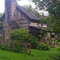 Pioneer Cabin, Twin Falks West Virginia...