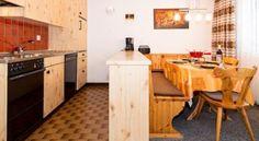 Adonis 4 - #Apartments - CHF 90 - #Hotels #Schweiz #Saas-Grund http://www.justigo.ch/hotels/switzerland/saas-grund/adonis-4_1507.html