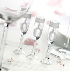 We have a wide range of wedding table and venue decorations to suit every need, from wedding bubbles to table crystals to confetti to pom poms and sparklers. Gold Champagne Bottle, Flute Champagne, Champagne Glasses, Copa Champagne, Wedding Venue Decorations, Table Decorations, Wedding Bubbles, Craft Supplies Online, Bubble Wands