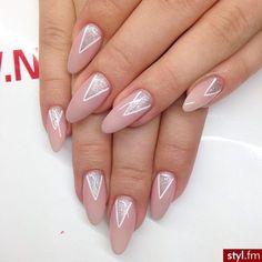 17 Super Cute Triangle Nail Art Designs!! #nails #nudemani - bellashoot.com