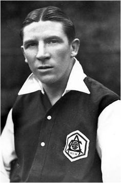 Ted made over senior appearances and scored goals. He was capped times for England and netted goals. as a player he won Division 1 Titles and an FA Cup. as the manager of Chelsea he won the Division 1 Title. Arsenal Players, Arsenal Fc, Arsenal Football, Calum Chambers, Theo Walcott, Hector Bellerin, Jack Wilshere, Bristol Rovers, School Football