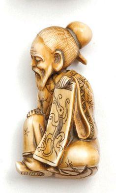 A Japanese ivory netsuke of an elderly man holding a painting, Taisho period with moveable head, 6 cm high Japanese Folklore, Chinoiserie, Elderly Man, Japanese Characters, Maneki Neko, Japan Art, Ivoire, Katana, Sculpture Art