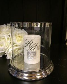 Vakker hurricane i glass og sølvbelagt keramikkHøyde 18,5cmDiameter KOMMER