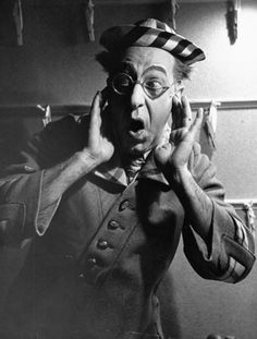 Comedian Ed Wynn looks horrified at the idea of killing worms in the Broadway show, Hooray for What! Ed Wynn, Jewish Men, George Carlin, Thanks For The Memories, Sad Faces, Human Emotions, Movie Collection, Life Pictures, Comedy Central