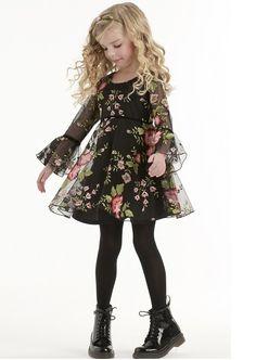 biscotti-roses-black-dress.jpg (431×608)