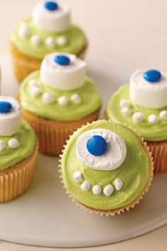 One-Eyed Monster Cupcakes – This recipe for One-Eyed Monster Cupcakes are more fun than scary. These Halloween dessert treats are also more fun than difficult to decorate!