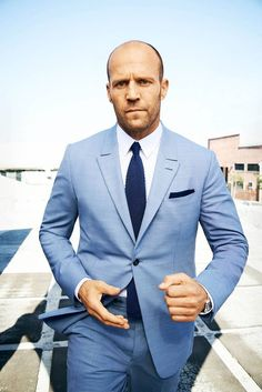 Mens Fashion Blog, Mens Fashion Suits, Look Fashion, Mens Suits, Male Fashion, Der Gentleman, Gentleman Style, Jason Statham, Classy Suits